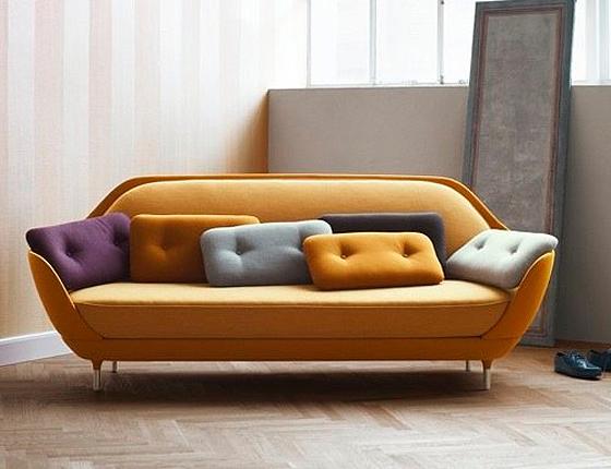 FLODEAU-Favn-sofa-Jaime-Hayón-Fritz Hansen
