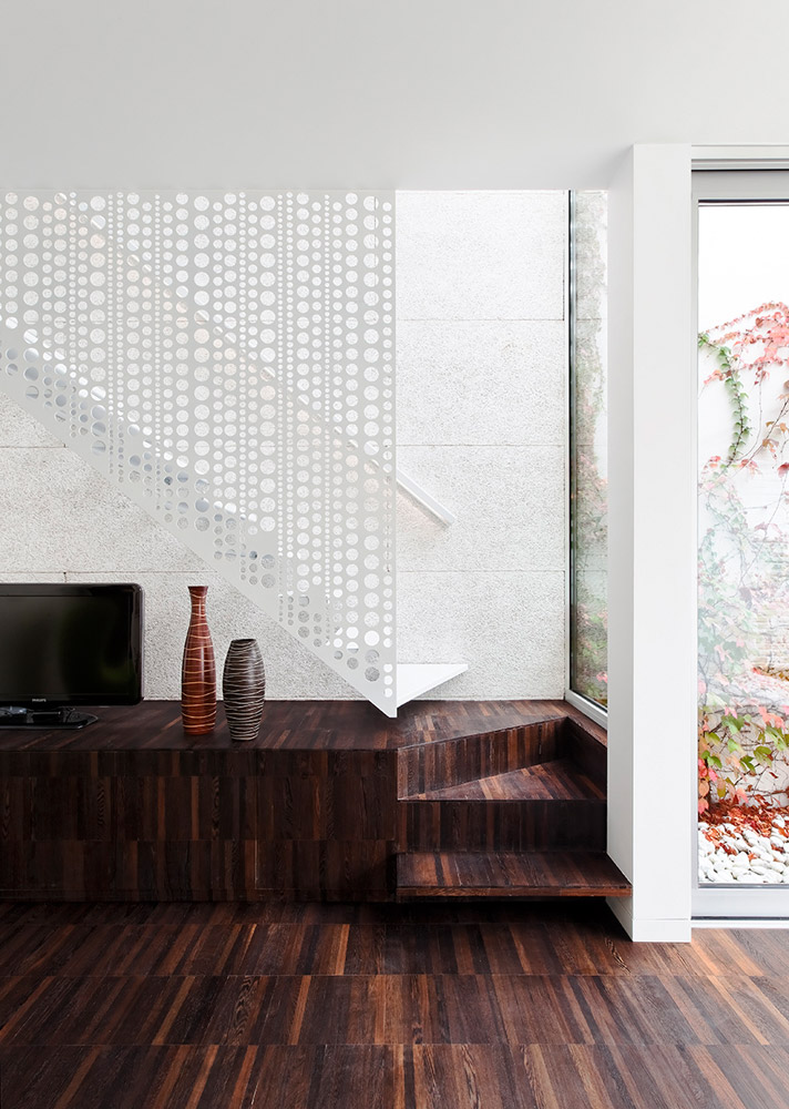 FLODEAU.COM M Architecture Creuse House 13