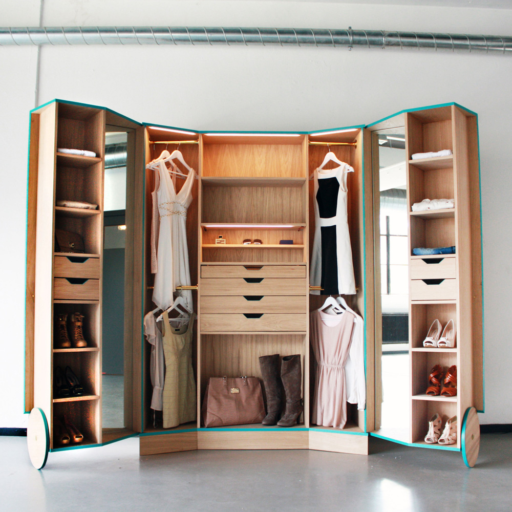 Hosun ching walk in closet flodeau for Walk in wardrobe closet