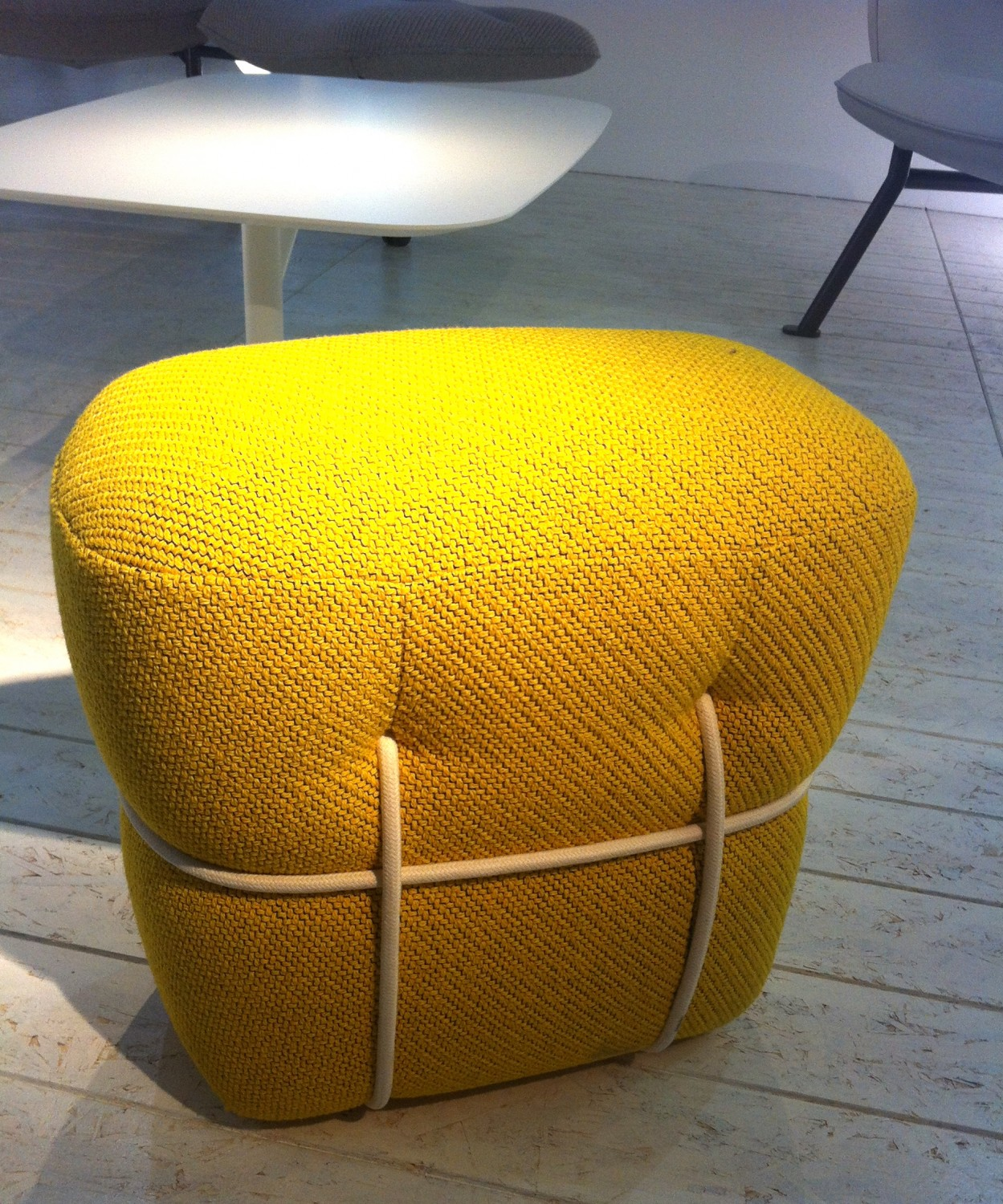 Lace stool by Benjamin Graindorge for Cinna - MaisonObjet Prix Des Decouvertes January 2013 awarded by flodeau.com 12