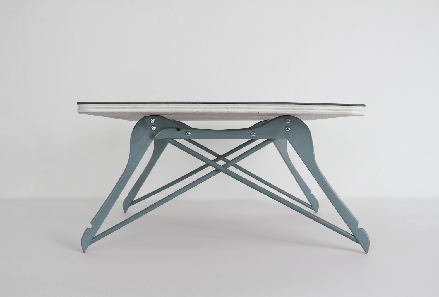 Coffee table by Pierre Lota - flodeau.com - 01