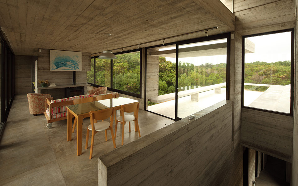 Costa Esmeralda House by Maria Victoria Besonias and Luciano Kruk - featured on flodeau.com 06