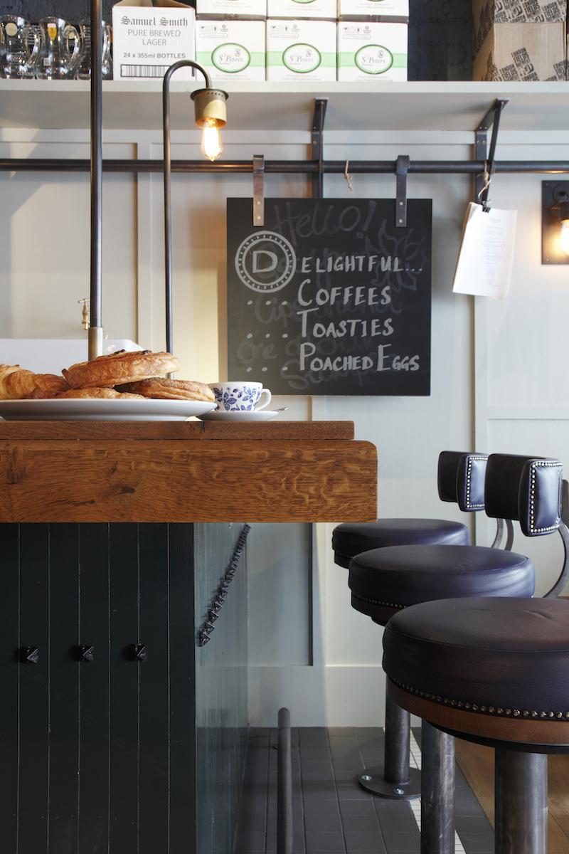 02 Кафе в Лондоне от дизайн студии Central Design publichnyie mesta %d0%bc%d0%b5%d0%b1%d0%b5%d0%bb%d1%8c %d0%b8%d0%bd%d1%82%d0%b5%d1%80%d1%8c%d0%b5%d1%80 gorodskoy dizayn