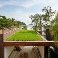 Studio Arthur Casas : Beach House in Baleia