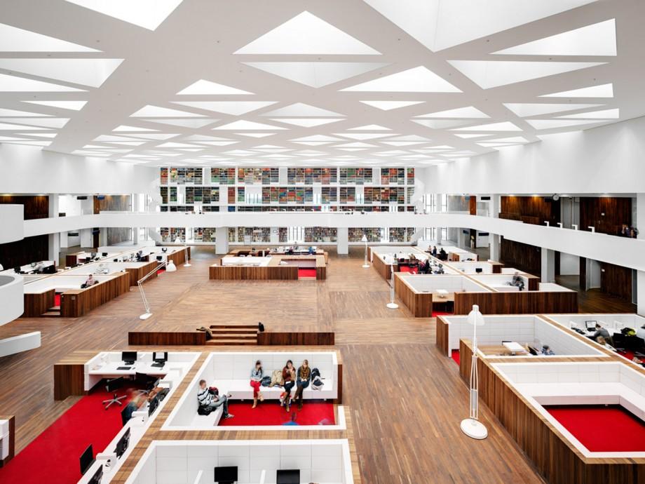 KAAN-Architecten-Education-Center-Erasmus-MC-Rotterdam-0-920x690