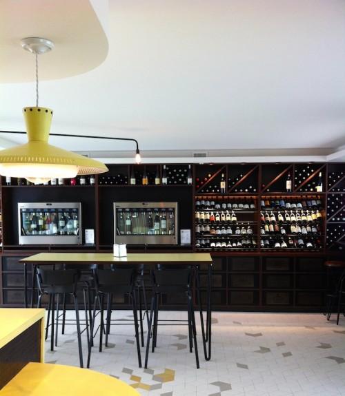 Cave 1950, Wine Bar, Royan, France © Florence Deau