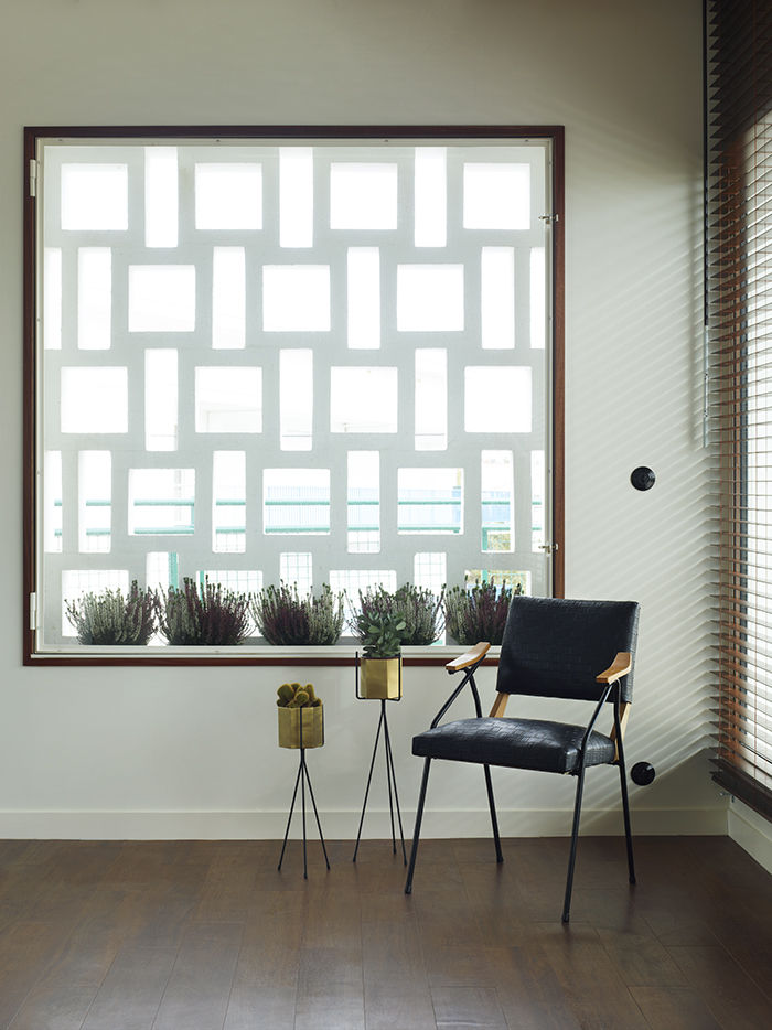 Apartment G, Royan, France © Simon Upton for Dwell magazine