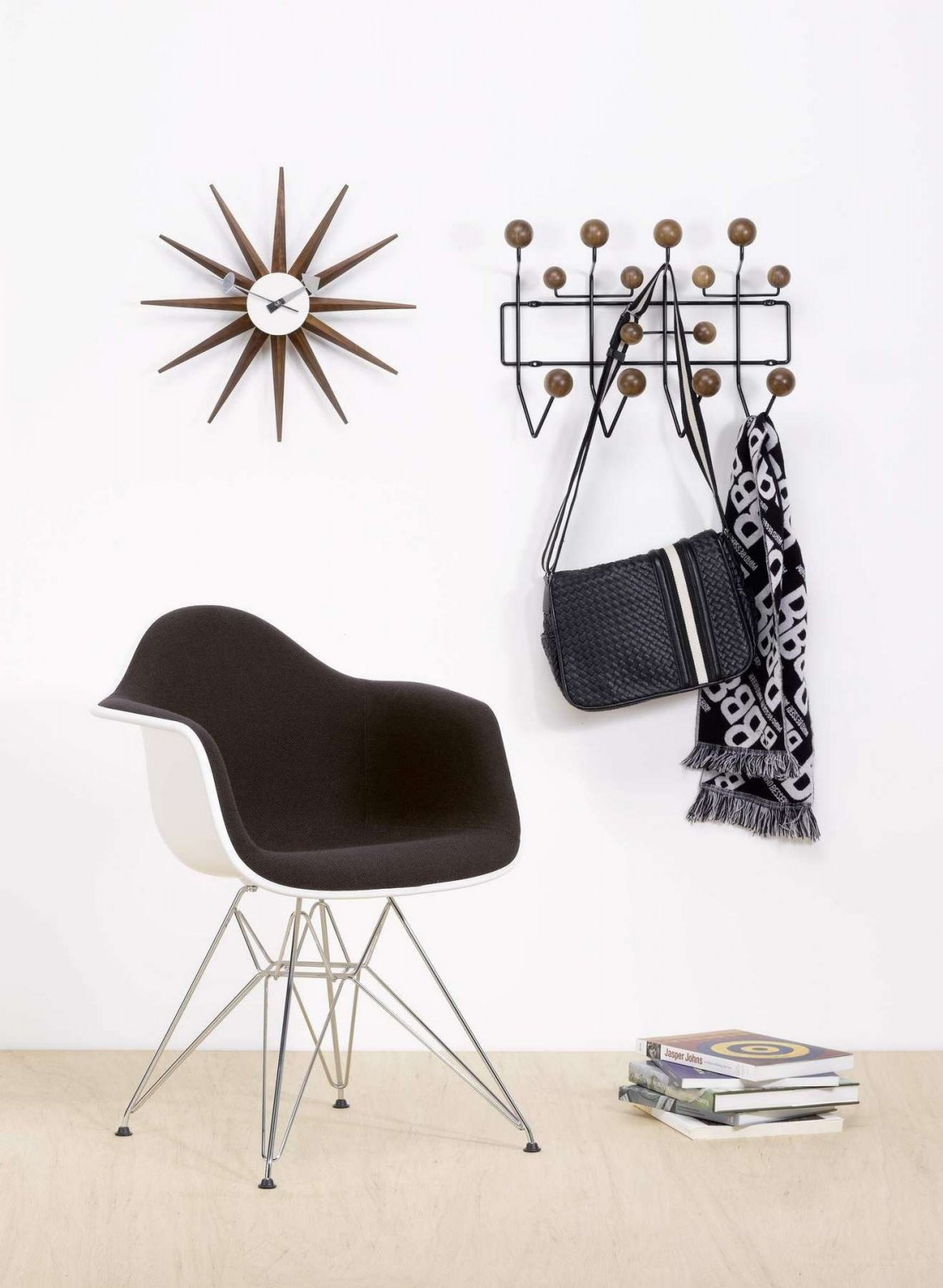 eames elephant charles ray eames 1945. Black Bedroom Furniture Sets. Home Design Ideas