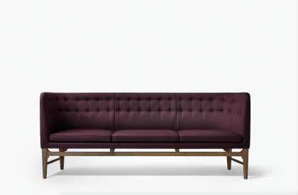 Mayor sofa by Arne Jacobsen and Flemming Lassen