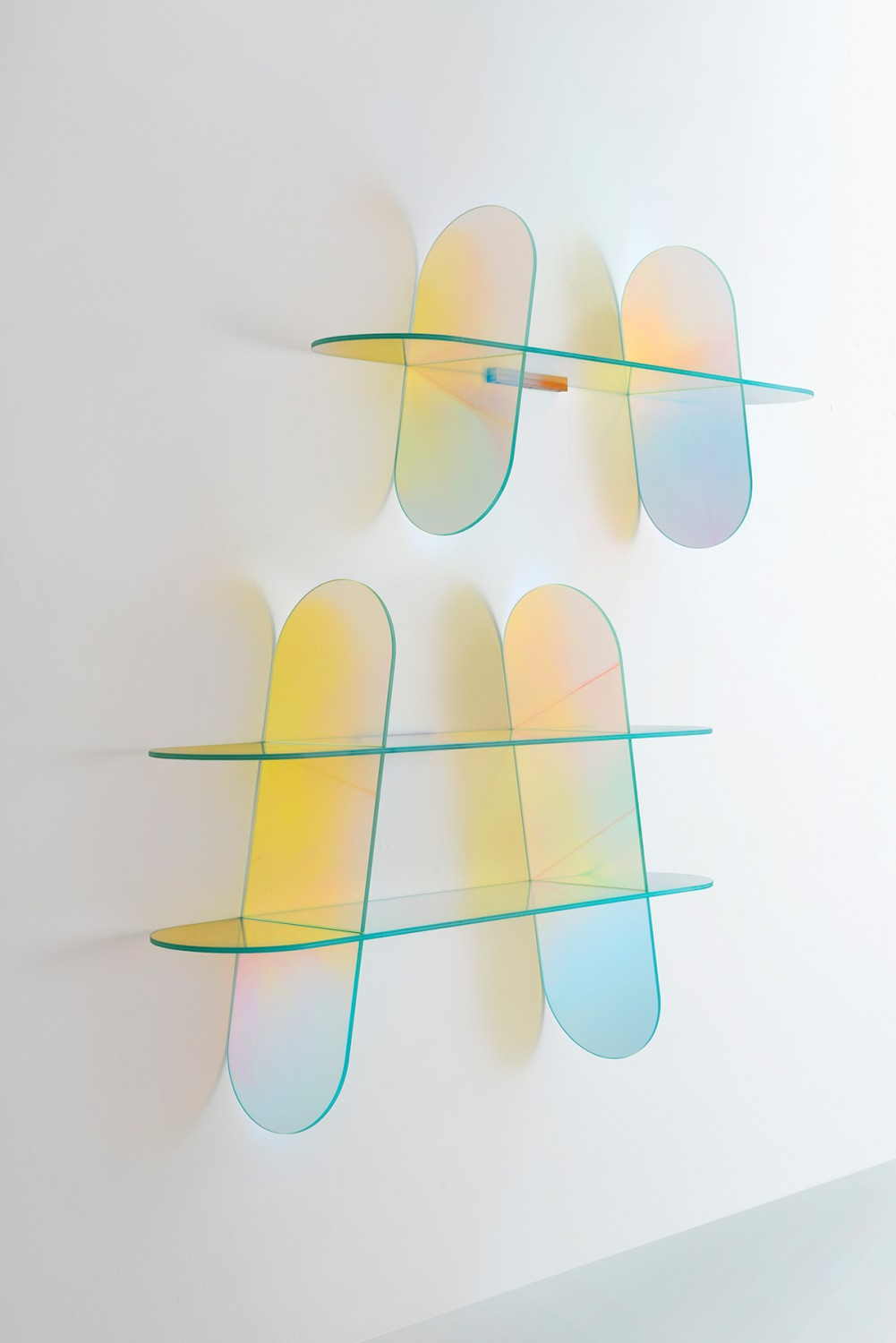 Shimmer shelf by Patricia Urquiola for Glas Italia | Flodeau.com