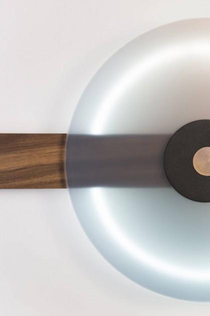Binomios wall lamp by Comité de Proyectos | Flodeau.com
