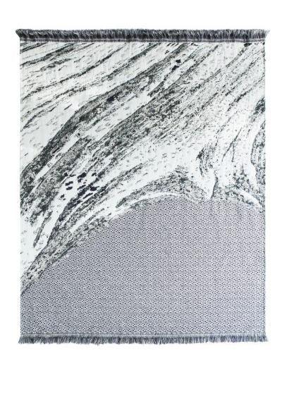 Skinn blanket N° 2 by Roos Soetekouw