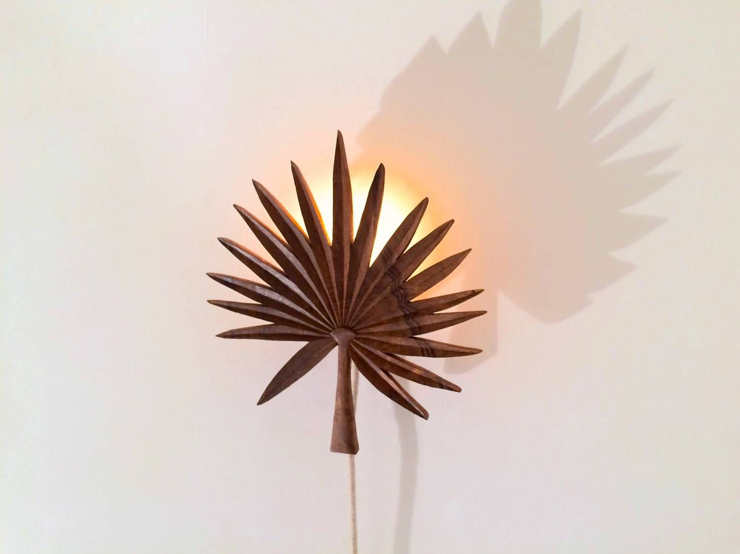 Palme wall light by François Bazin | on Flodeau.com